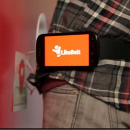 Cooler than a Pebble watch? Check out the latest wearable social device [VIDEO]