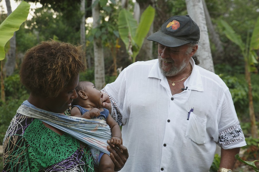 Tanna Coffee Founder Terry Adlington with local family