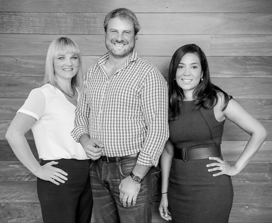 L-R: MadeComfy Sales & Marketing Director Nicky Bowie with co-founders Quirin Schwaighofer and Sabrina Bethunin