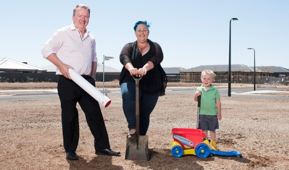 Yolande Buckley and her son Matthew, 4, with Joint Property Australia managing director Paul Ebbels