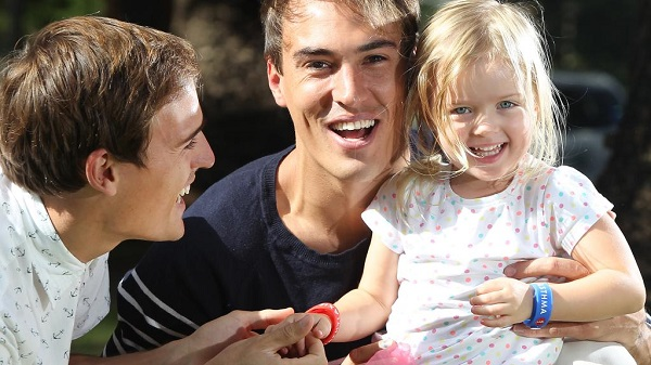 Jarrad and Courtney Dober with their niece